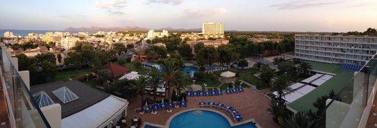 Grupotel Gran Vista & Spa: top floor bar view
