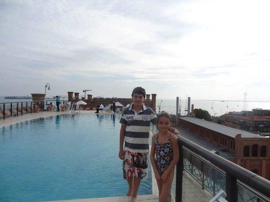 Hilton Molino Stucky Venice Hotel: Piscina Hotel