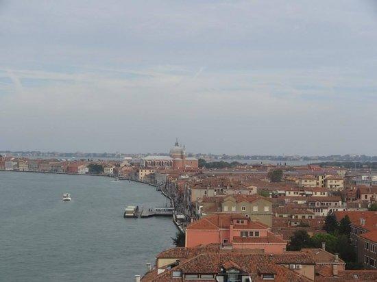 Hilton Molino Stucky Venice Hotel: Vista Hotel