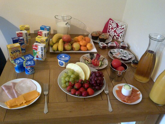 Lochinvar Guest House: Breakfast - Starter Buffet