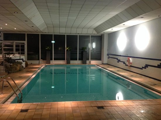 Holiday Inn Brussels Airport: pool