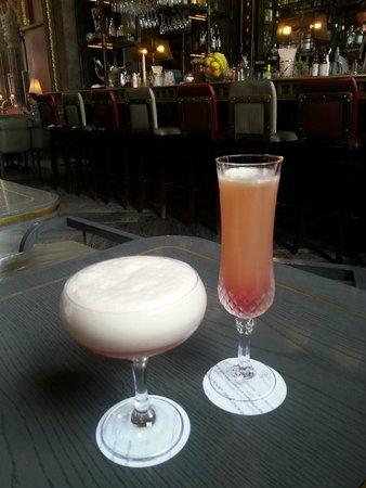 Cocktails at the Gilbert Scott