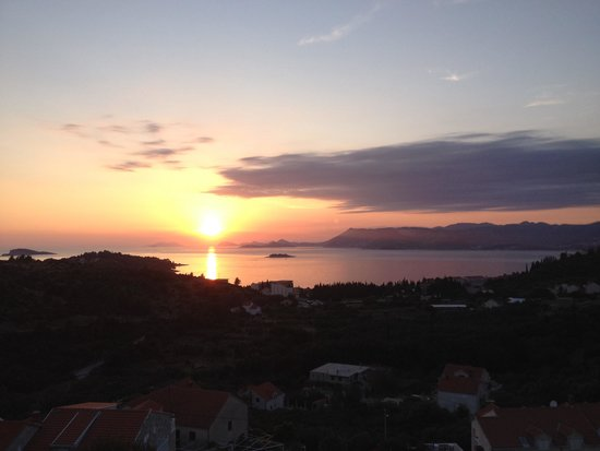 Apartments Zvrko: view from my room toward Dubrovnik