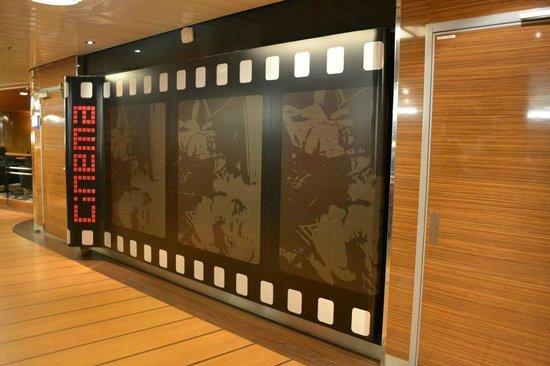 Stena Line Limited - Day Trips: Sala de cine dentro del Stena Line