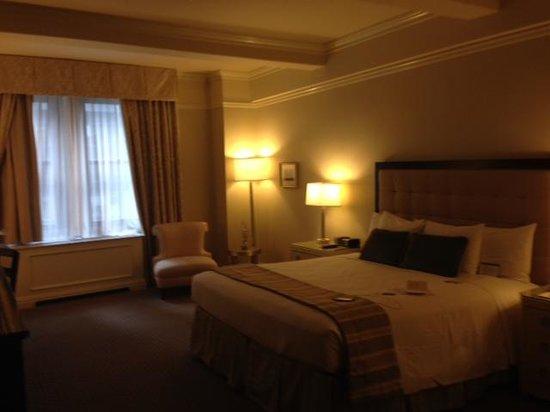 Warwick New York: Room