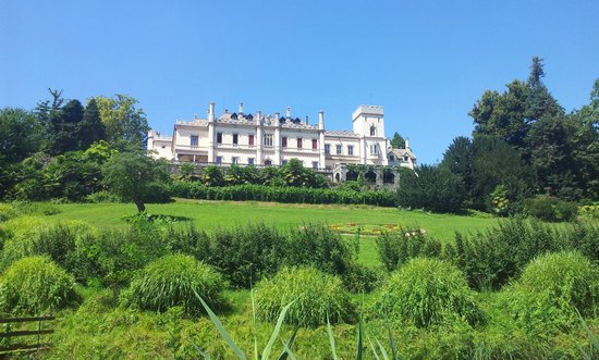 Castello Dal Pozzo: Panorama dal parco