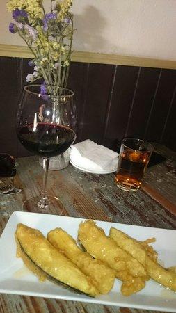 El Almacen, Vinos y Tapas: Berenjenas con miel