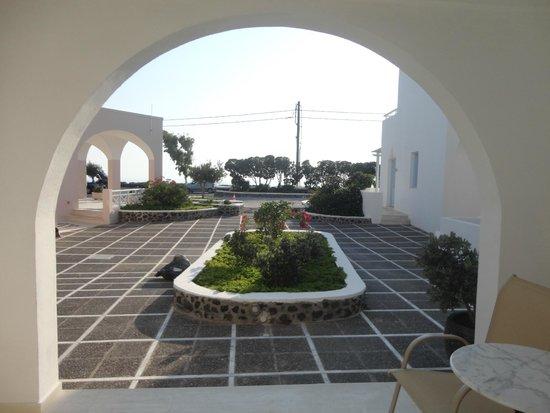 Hotel Santorini: vista da porta da varanda do meu quarto