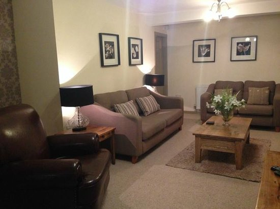 Harrogate Boutique Apartments: Lounge area