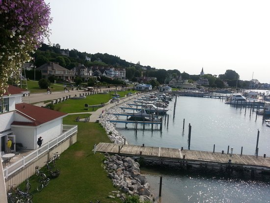 Chippewa Hotel Waterfront : View from the room