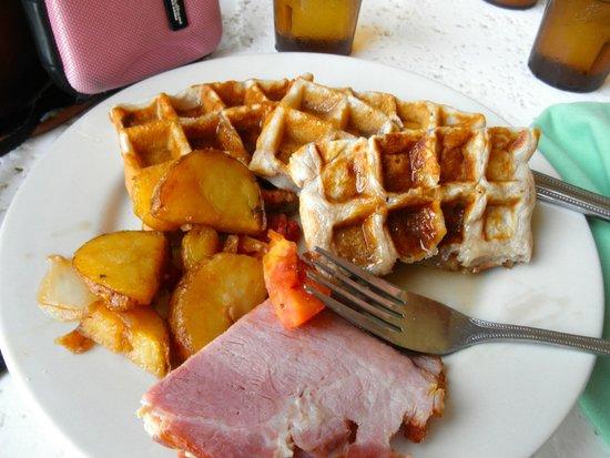 Sunscape Splash Montego Bay: My wonderful breakfast Yummy