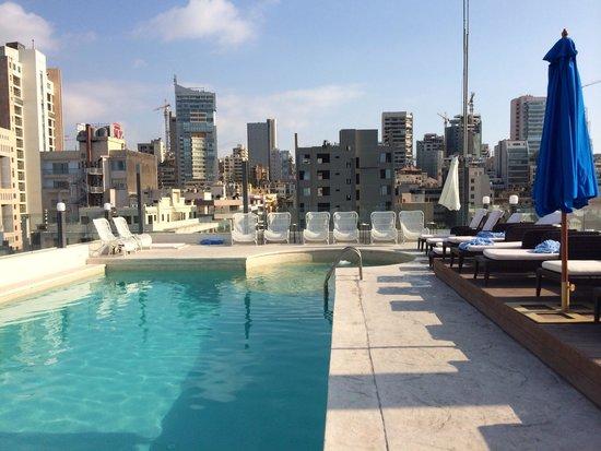 Warwick Palm Beach Hotel: Downtown view