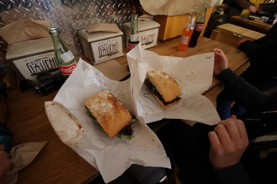 Gaucho Parrilla Argentina : Sandwich