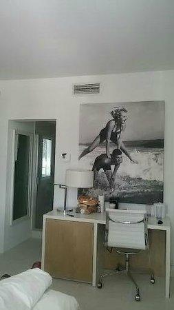 Pestana Miami South Beach: Vista geral do quarto
