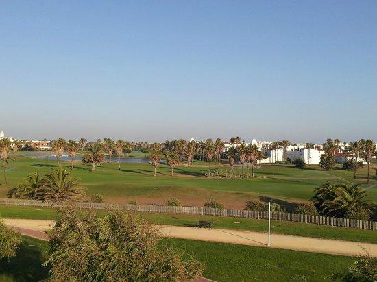 Playaballena Spa Hotel: Vue golf de la terrasse