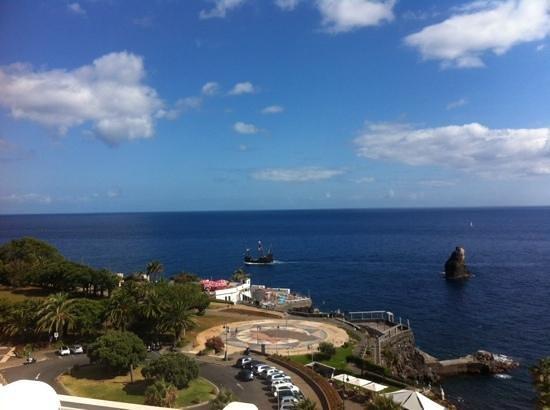Melia Madeira Mare Resort & Spa : vistas habitacion