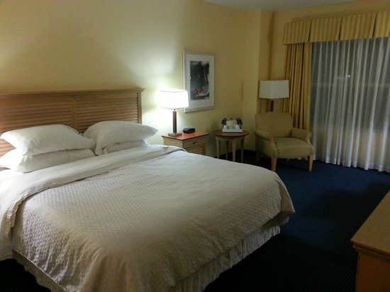 Four Points by Sheraton Cocoa Beach: chambre