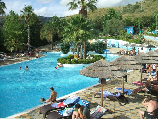 Villaggio Mareneve: Attività nella piscina