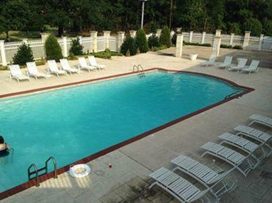 Gulf Hills Hotel & Conference Center: Huge Pool ~