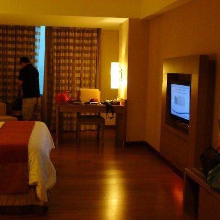 Grand Aston Cityhall Hotel & Serviced Residences: Deluxe corner or premium?