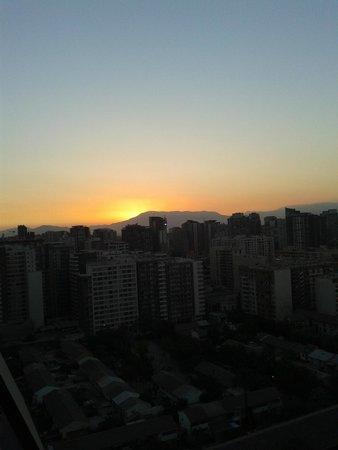 Gen Rooms: O Sol despede-se do lindo dia de Santiago, quase 20 horas.
