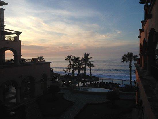 Sheraton Grand Los Cabos Hacienda Del Mar: Vista do quarto ao amanhecer