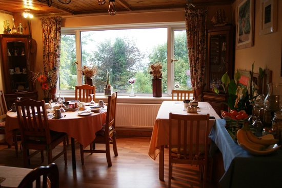 Viewfield House Bed& Breakfast : Stanza per la colazione