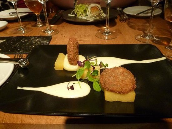 Tower Restaurant : Traditional haggis starter