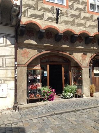 Historic Center of Cesky Krumlov: quaint shops