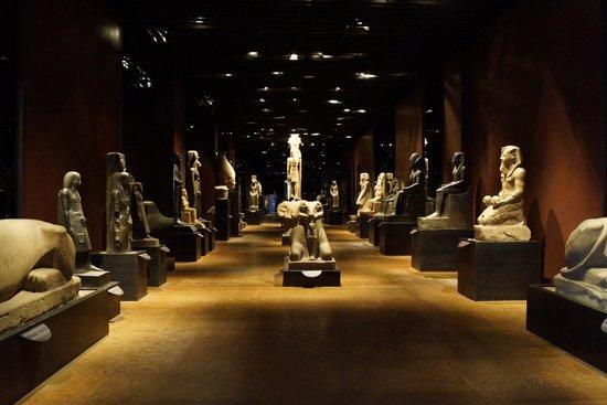Musée égyptologique de Turin : la sala delle statue