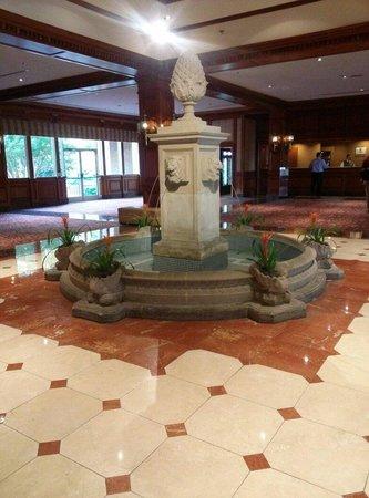 Sheraton Music City Hotel: Entry palor