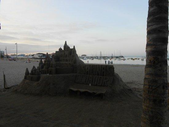 Playa Las Salinas: paseo costanero