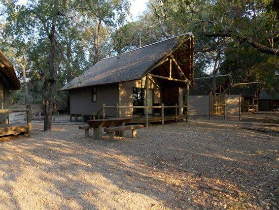 Shakawe River Lodge : Uno de los bungalows