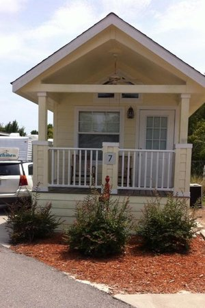 ‪‪Carrabelle Beach, an RVC Outdoor Destination‬: #7 Nice Cottage‬
