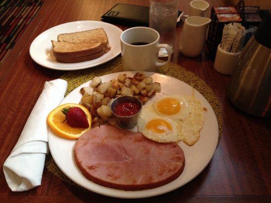 Holiday Inn Chicago Mart Plaza River North: Breakfast