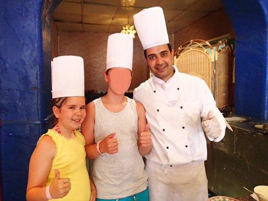 SENTIDO Mamlouk Palace Resort : Ahmed the amazing chef! Great pancakes!