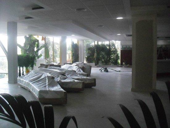 Hotel Best Tenerife: le nouveau bar pas terminé pas eu l occasion de l inaugurer