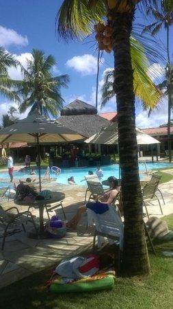 Hotel Solar Porto de Galinhas: piscina e bar
