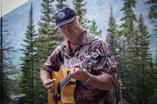 """Two Medicine Campground : Singing """"The Bear Who Stole the Chinook"""""""