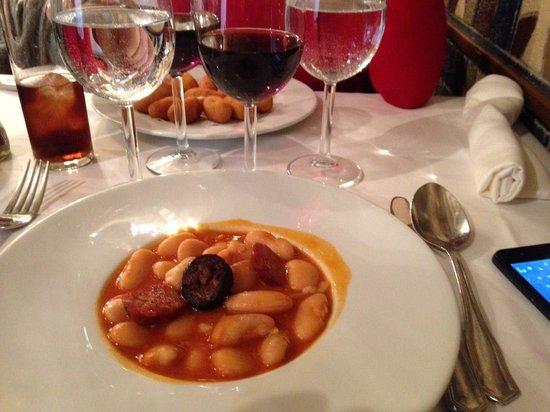 Restaurante Duque: Vinito