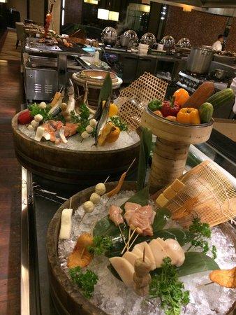 The Majestic Hotel Kuala Lumpur: Buffet Dinner