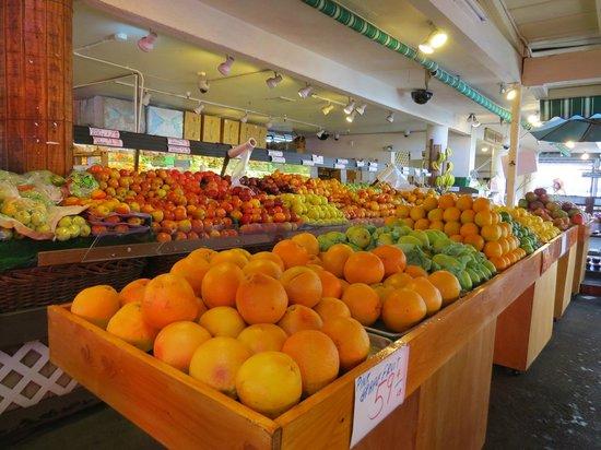 The Original Farmers Market: banca de frutas