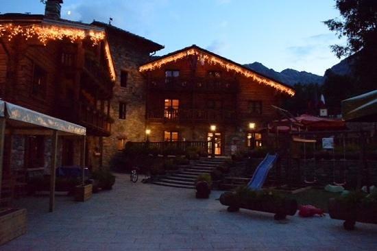 Hotel Parc Mont Avic : esterno
