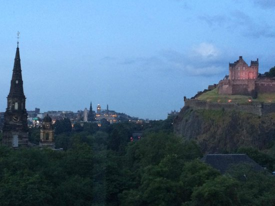 Waldorf Astoria Edinburgh - The Caledonian: View from our 4th floor room
