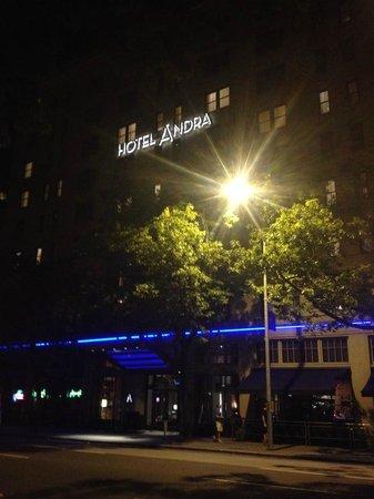 Hotel Andra late night