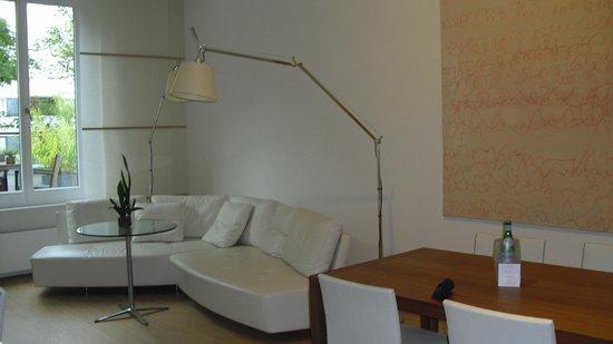 Hotel Kieler Yacht Club: Wohnbereich