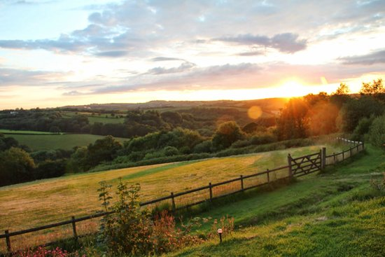 Country Ways Holiday Cottages: The Valley