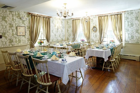 Concord's Colonial Inn: Thoreau Room