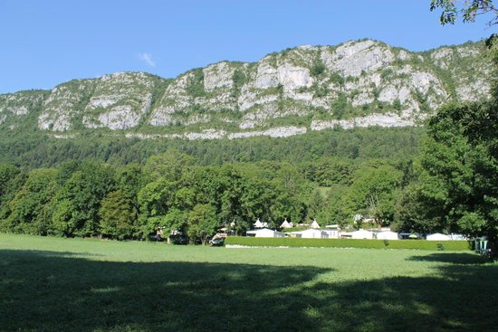 Camping les Fontaines: Magnificent setting