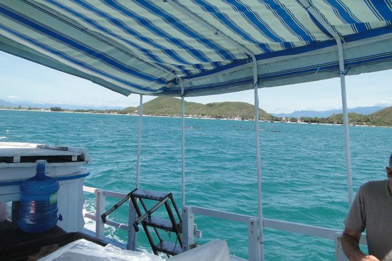 Paradise Resort Doc Let: ballade en bateau